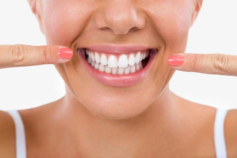 Sbiancamento dei denti: cos'è e come funziona